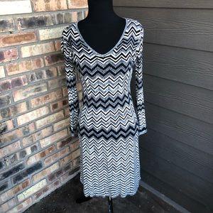 🔥NWT Cato black and white chevron dress size XS